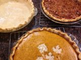 A Post in Pictures {Thanksgiving Day Pies}